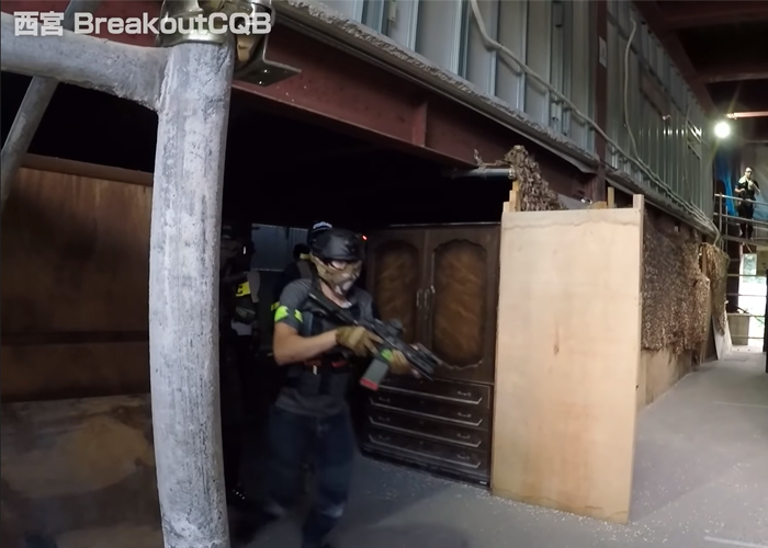 Laylax Staff In CQB Game At Breakout CQB