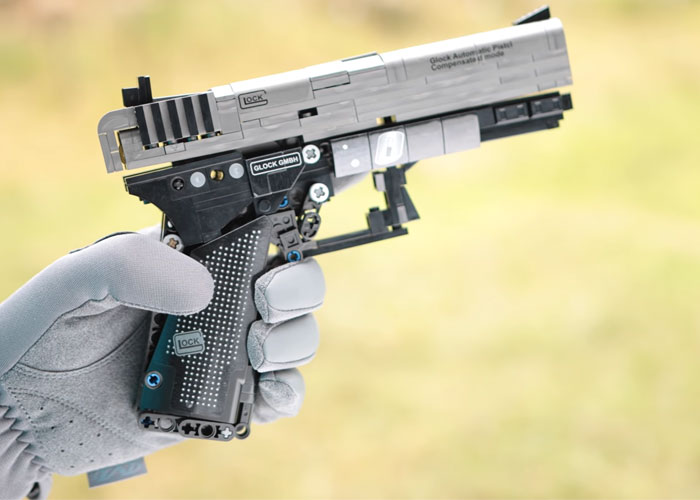 Mach Sakai: Lego Glock 18c Single Shot Blowback Pistol